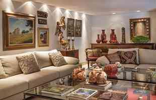 Na composição assinada por Gislene Lopes, o protagonismo fica por conta das cerâmicas de Saramenha